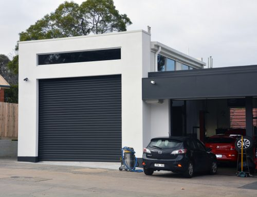 Des Brown's Service Centre – Mechanic's Workshop